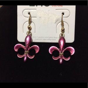 ⚜️ Mauve Fleur De Lis Hook Earrings
